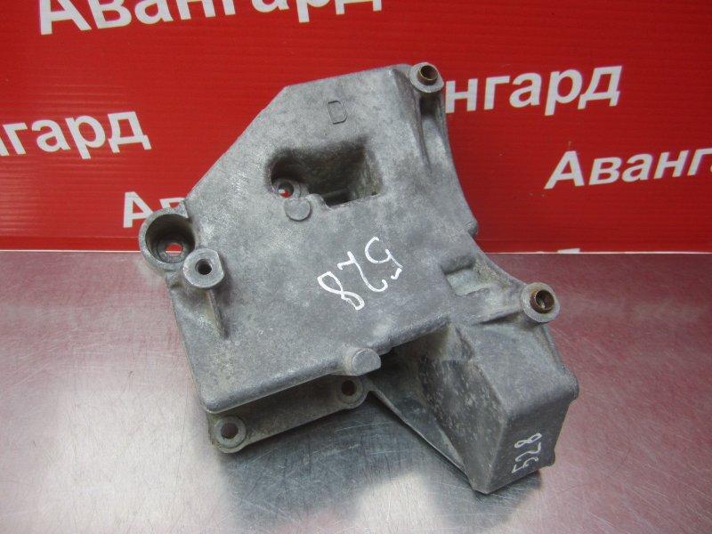 Кронштейн компрессора кондиционера Bmw E39 M52B25 1998