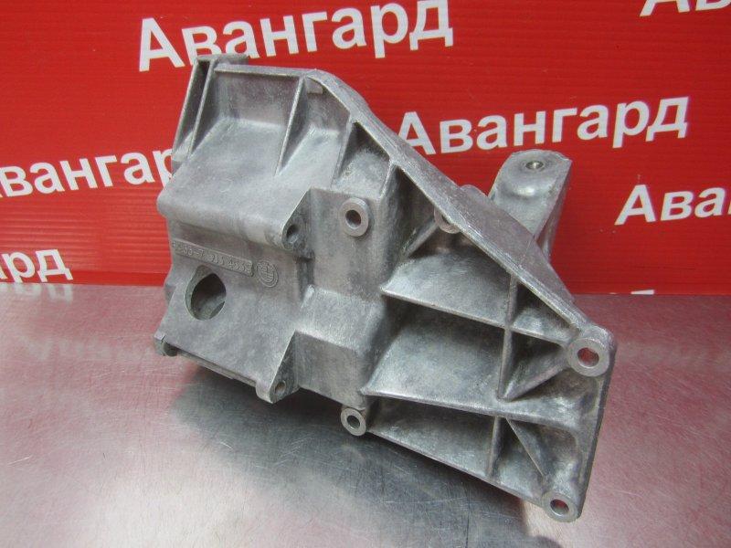 Кронштейн двигателя Bmw E53 M62B44TU 2001 правый