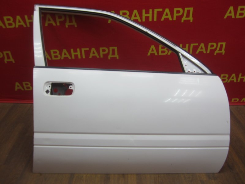 Дверь Nissan Avenir 10 1997 передняя правая