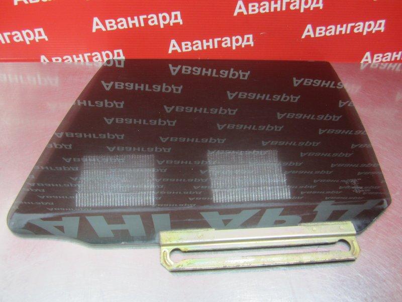 Стекло двери Mazda Demio Dw 2001 заднее правое
