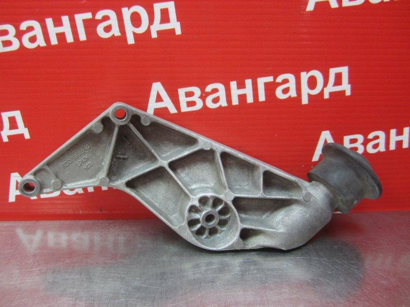 Кронштейн двигателя Audi A4 ADP 1997