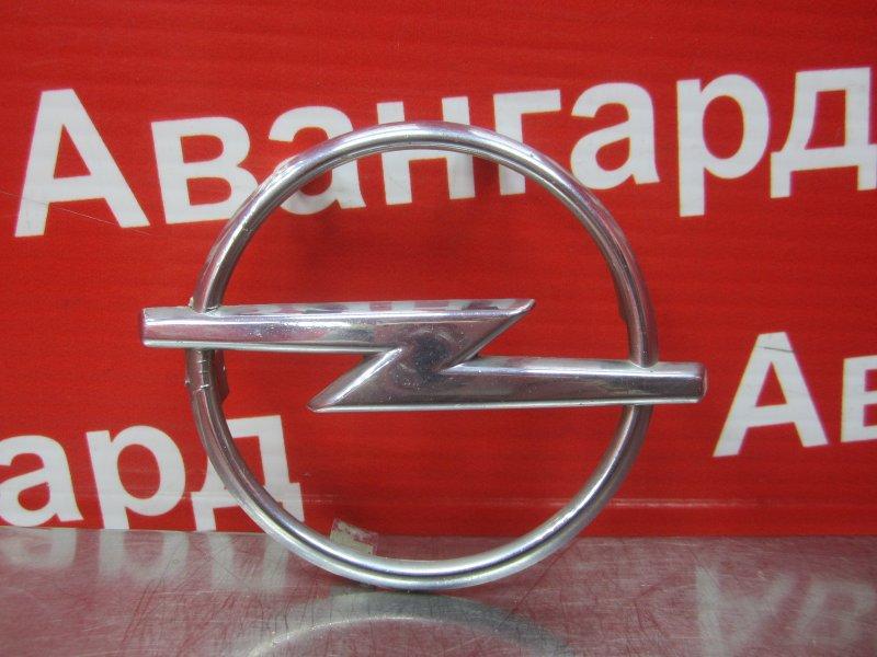 Эмблема Opel Vectra B 1996 передняя