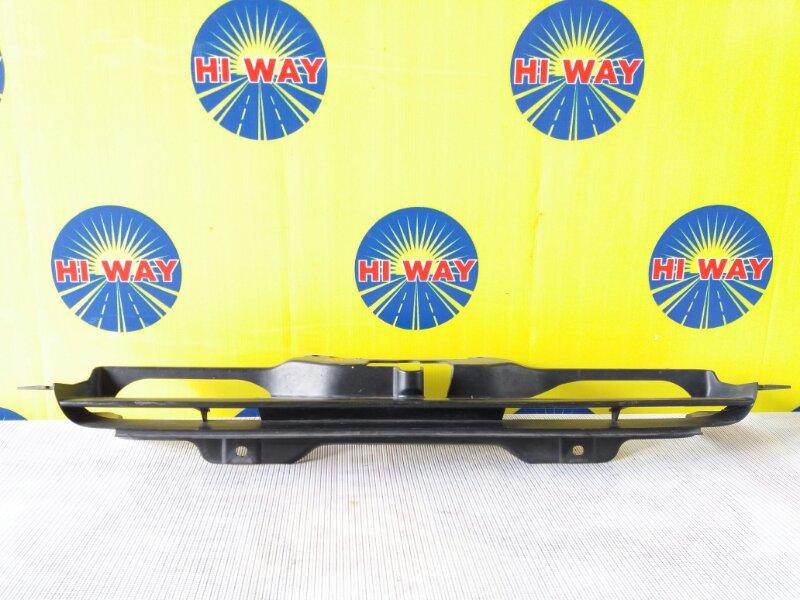Решетка радиатора Honda Hr-V GH1 1998
