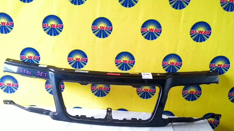 Планка под фару Suzuki Escudo TD31W передняя