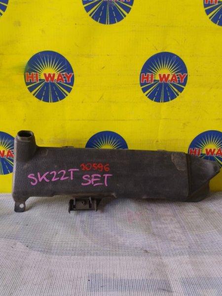 Бачок омывателя Mazda Bongo SK22 R2
