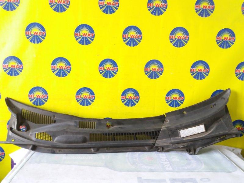 Решетка под лобовое стекло Toyota Rav 4 ZCA26W 1ZZ-FE