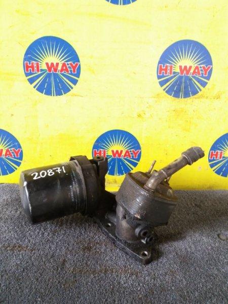 Крепления масленого фильтра Mazda Bongo SK22 R2