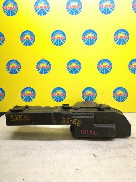 Блок предохранителей Toyota Altezza GXE10 3S-GE