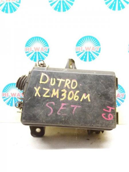 Блок предохранителей Hino Dutro XZU306M S05D