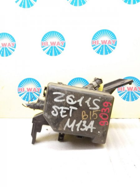 Блок предохранителей Suzuki Swift ZC11S M13A