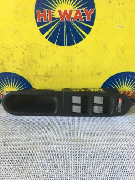 Блок управления стеклоподъемниками Honda Hr-V GH3 передний правый