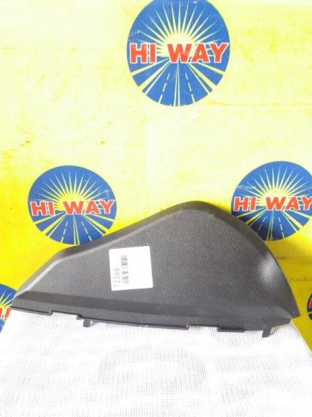 Накладка пластиковая в салон Lexus Is250 GSE20 4GR-FSE 2005 передняя правая