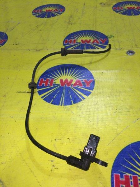 Датчик abs Nissan Blueberd Sylphy QG10 2000 передний правый