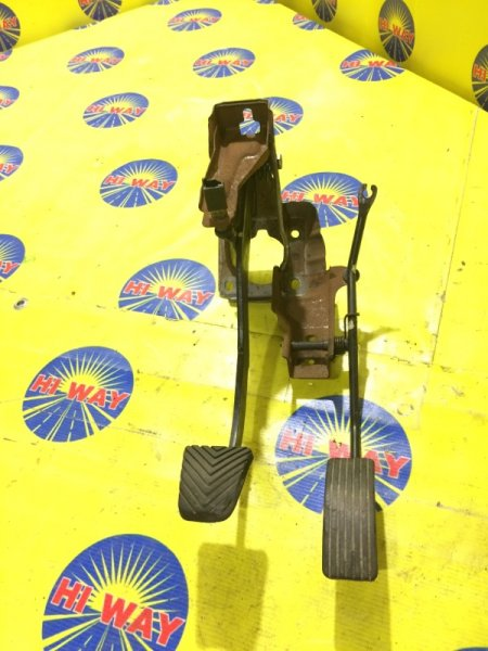 Педаль тормоза Mmc Mirage CJ1A 1997