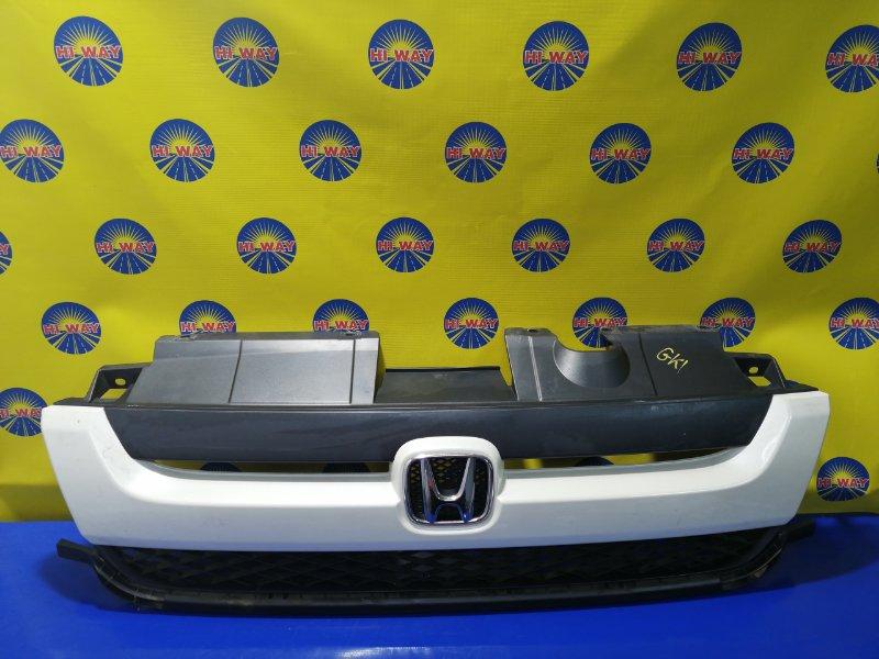 Решетка радиатора Honda Mobilio Spike GK1 L15A 2005