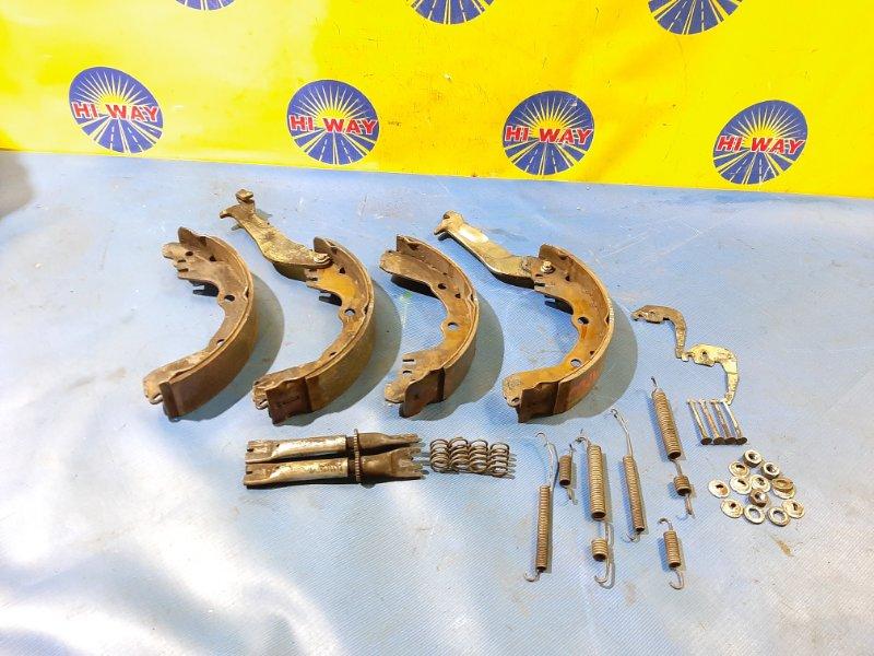 Колодки тормозные Mmc Libero CD2V.EC1A.EC7A.E72A.E77A.EC1A.EC7A.EC1W.EC7W.CL2A.CM2A.CM8A.H57A.H51A.H56A. 4G15.4A30.4A31.4G93.4G94.4D68.