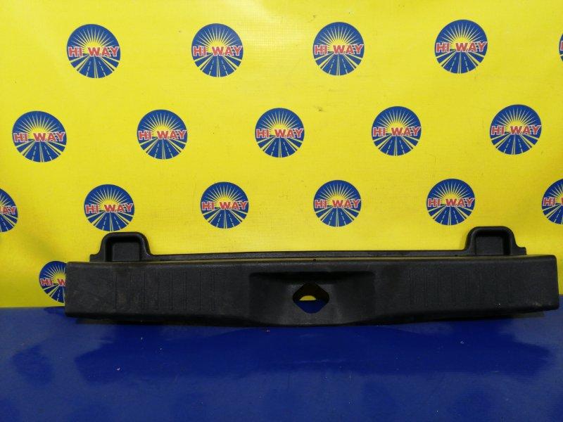 Порог багажника, накладка багажника Toyota Passo M700A задний
