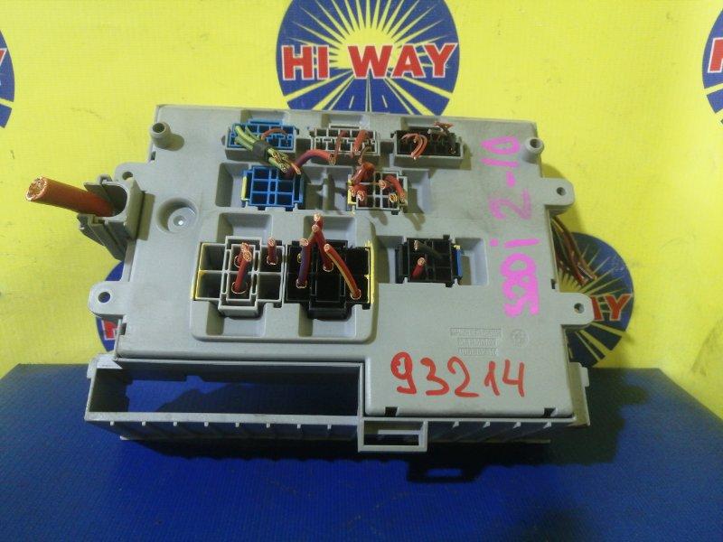 Блок предохранителей Bmw 320I E90 N46B20BA 2004