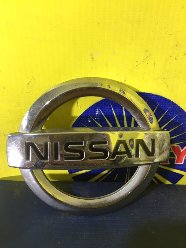 Эмблема Nissan Cube Cubic BGZ11