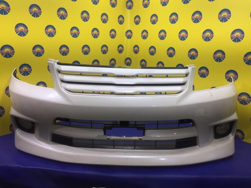 Бампер Toyota Noah AZR60 2001 передний