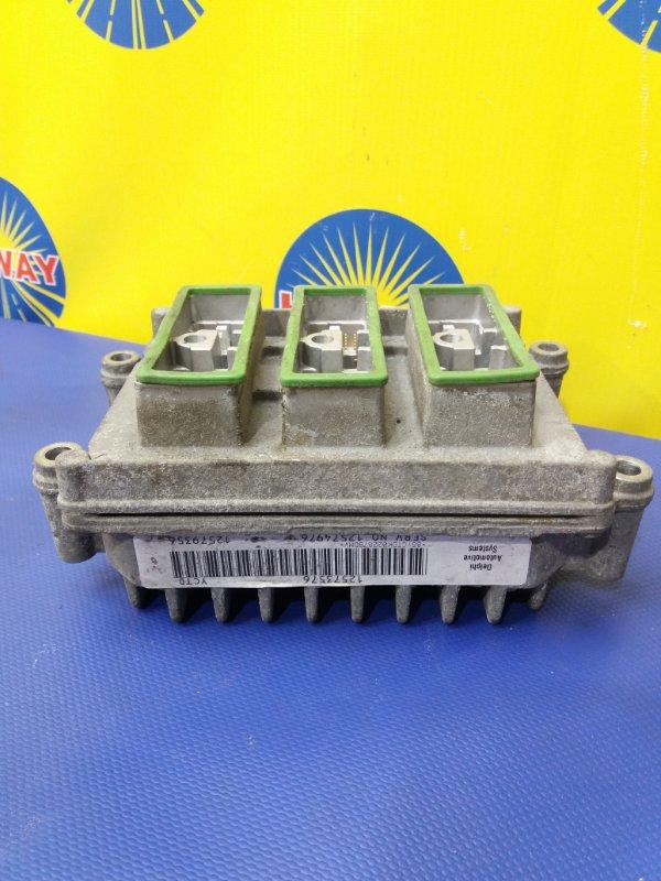 Блок управления двс Chevrolet Trailblazer GMT360 LL8 2001