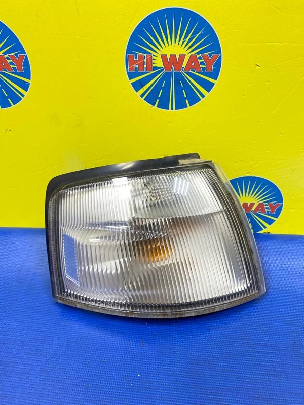 Габарит Mazda Demio DW3W 1996 передний правый