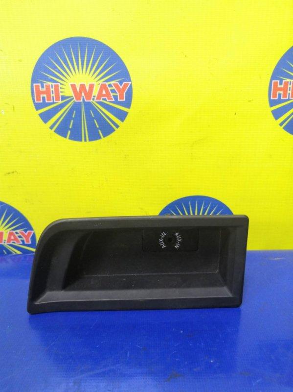 Пластиковые детали салона Bmw 116I F20 N13B16A 2012