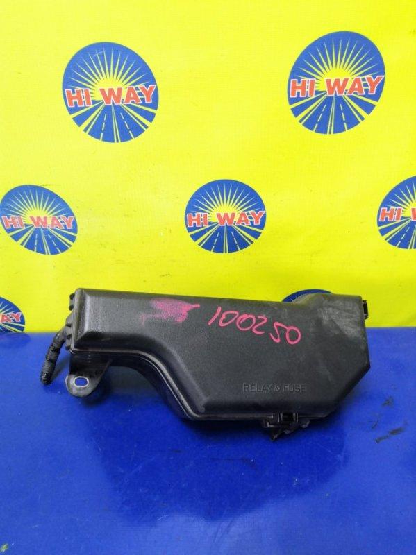 Блок предохранителей Toyota Altezza JCE10 2JZ-GE 2001