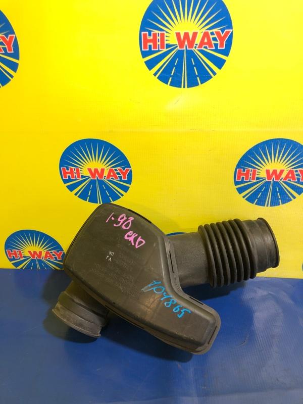 Патрубок воздушного фильтра,гофра воздушного фильтра Toyota Altezza JCE10 2JZ-GE 2001