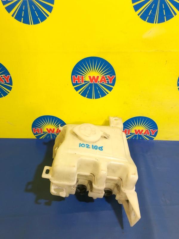 Бачок омывателя Mmc Airtrek CU2W 4G63 2001