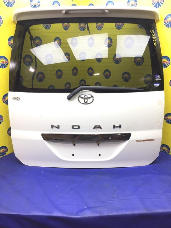 Дверь задняя Toyota Noah AZR60 2001 задняя