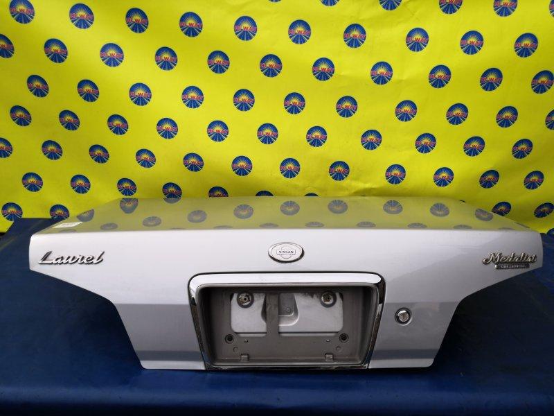 Крышка багажника Nissan Laurel HC35 RB20DE 08.1999 задняя
