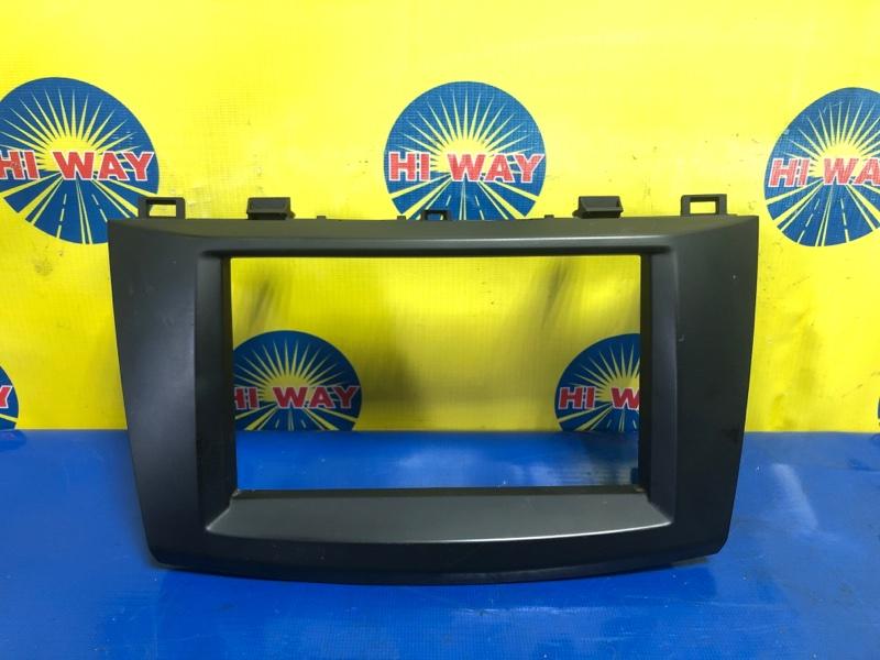 Рамка магнитолы Mazda Axela BL3FW