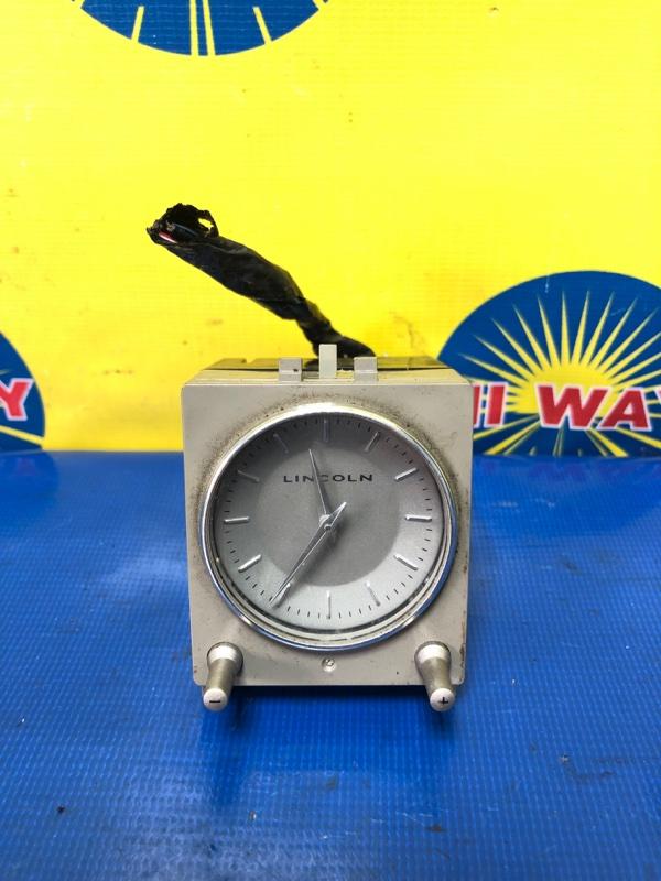 Часы Lincoln Navigator U228 6L7Z-6007-A 2006