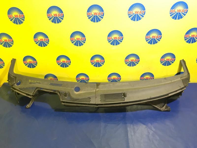 Решетка под лобовое стекло Honda Fit GD3 L15A 2005 передняя