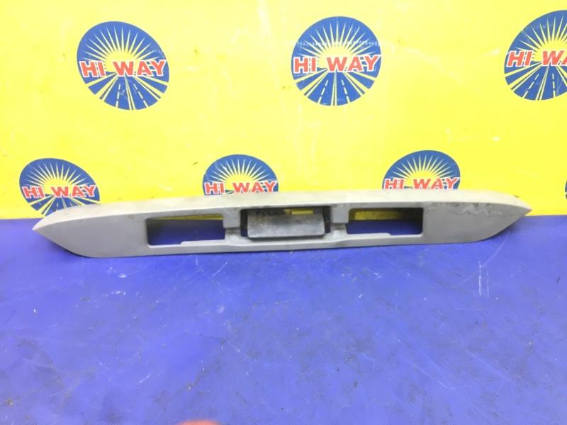 Ручка багажника Mazda Bongo SK22V 1999 задняя