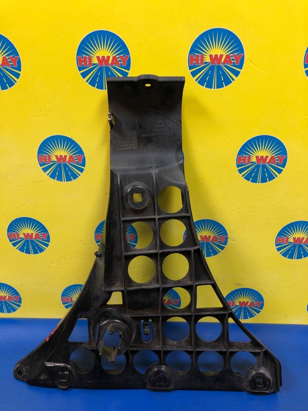 Клипса бампера Bmw 525I E60 M54B25 2004 задняя левая