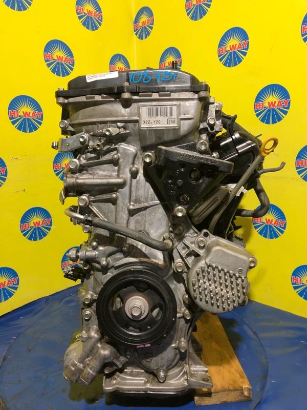 Двигатель Toyota C-Hr ZYX10 2ZR-FXE 2017