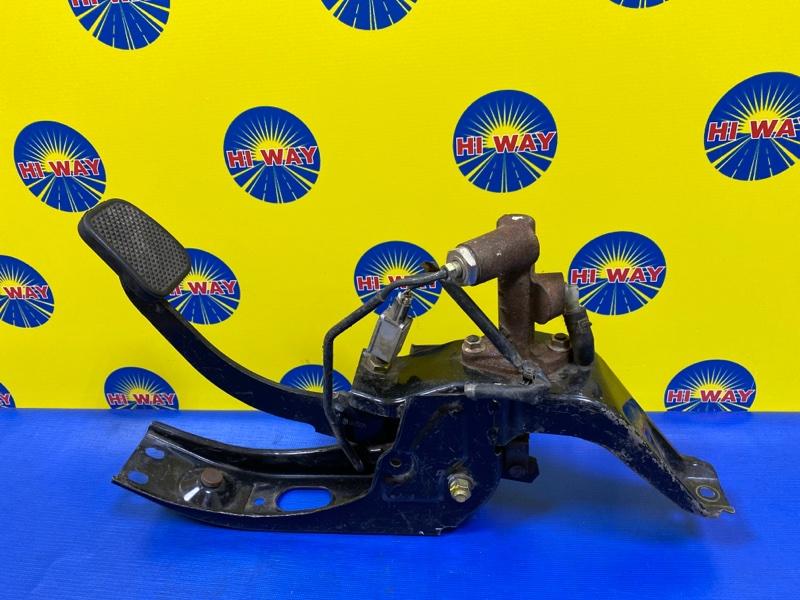 Педаль сцепления Mazda Titan SYE6T FE