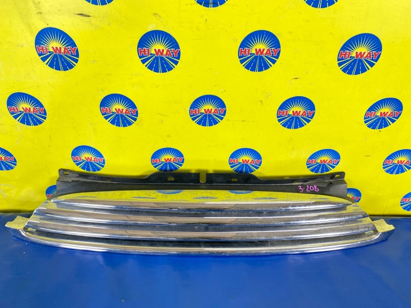 Решетка радиатора Mini Cooper S R55 N14B16AB 04.2008