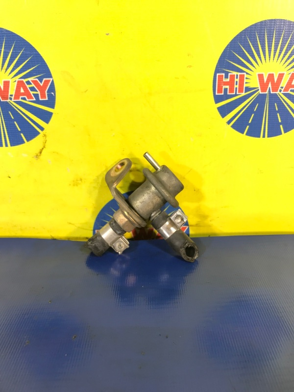 Клапан давления топлива Subaru Legacy BH5 EJ20 1999