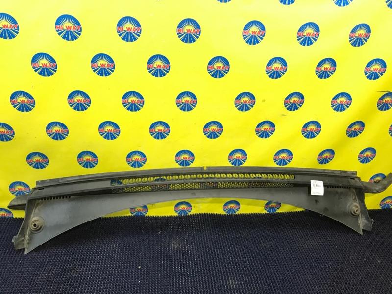 Решетка под лобовое стекло Peugeot 3008 EP6CDT 2010