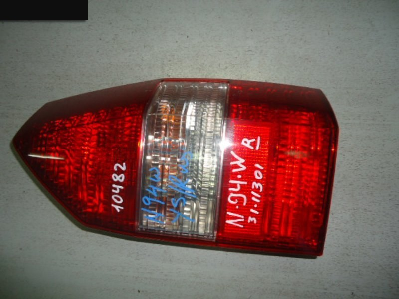 Фонарь (стоп-сигнал) Mitsubishi Chariot Grandis N94W 4G64 задний правый