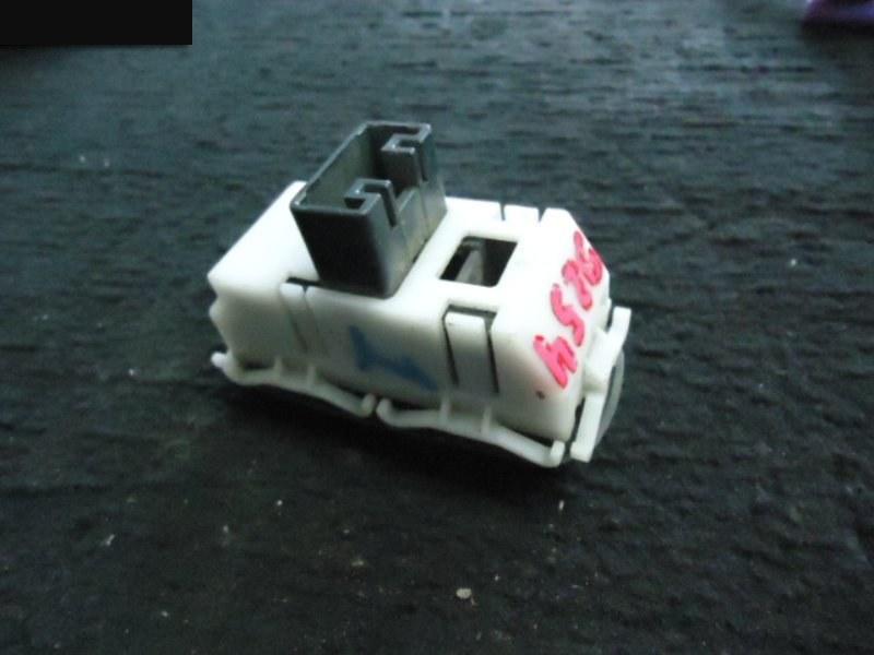 Кнопки в салон Toyota Carina Ed ST200