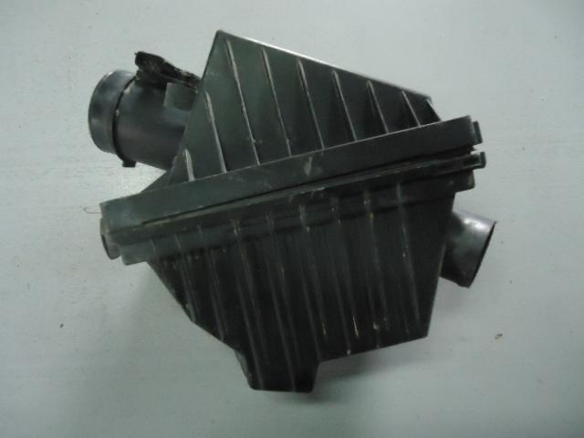 Корпус воздушного фильтра Nissan Primera P11 SR18DE