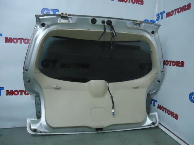 Дверь задняя багажника Toyota Blade AZE156 2AZ-FE задняя
