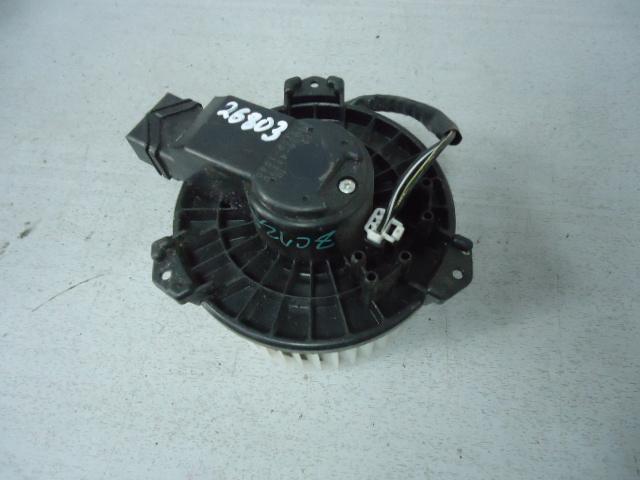 Вентилятор (мотор отопителя) Suzuki Swift ZC72S K12B