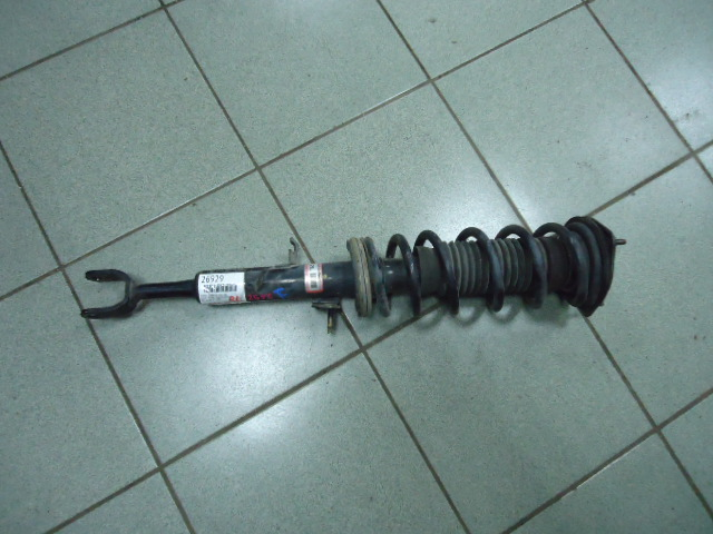 Стойка подвески Nissan Stagea M35 VQ25DD задняя левая
