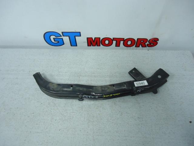 Планка под фару Honda Fit GD1 L13A передняя правая