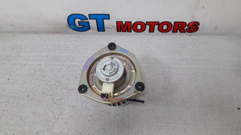 Вентилятор (мотор отопителя) Nissan Liberty PM12 SR20DE